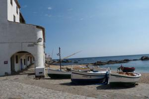 Cycle From The Pyrenees To The Sea